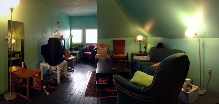 10 Edwin A_livingroom